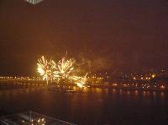 Budapest Marriott Hotel: 新年を祝う花火