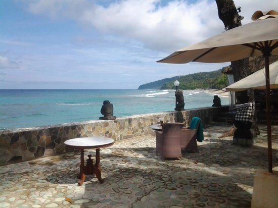 Puri Mas Boutique Resort & Spa:                   the beach