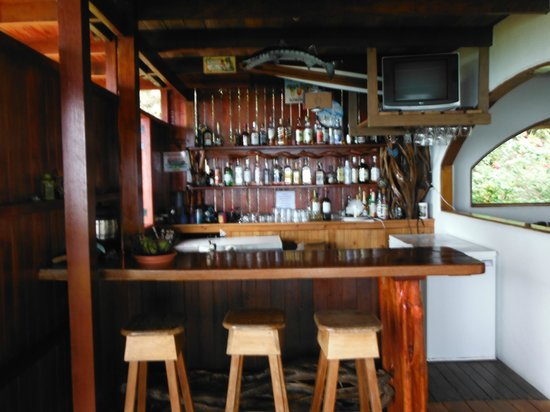 Lookout Inn Lodge :                   Full bar