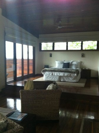 Gwinganna Lifestyle Retreat:                   My bed with a view