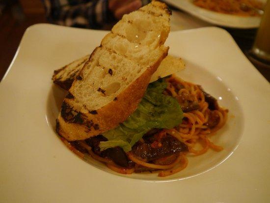 Luigi Malone's: Pasta