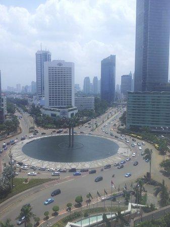 Grand Hyatt Jakarta:                   Bundaran HI (HI Roundabout)                 