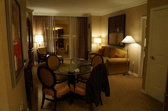 1 Bedroom Suite Living Area Picture Of Signature At Mgm Grand Las Vegas Tripadvisor