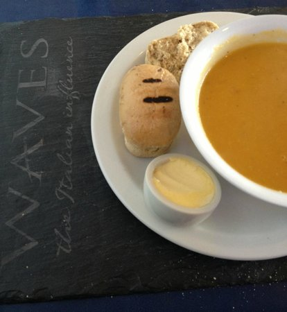 Waves Bar and Restaurant: Delicious home-made soups