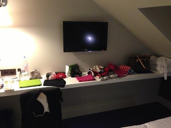 Hotel Le Faucigny:                   tv