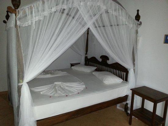 Panchi Villa: Zimmer - Bett