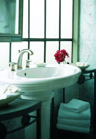 Hotel  Le Cavendish: Rotunda bathroom