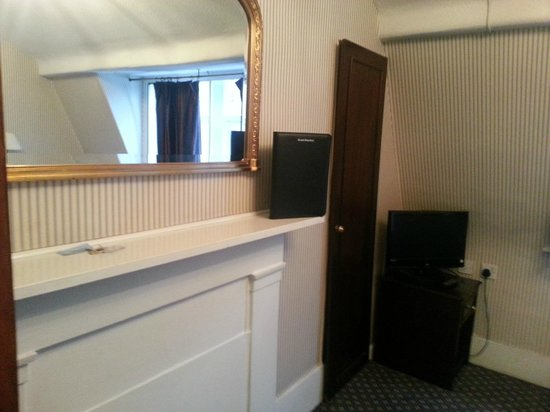 Regency House Hotel : camera ultimo piano