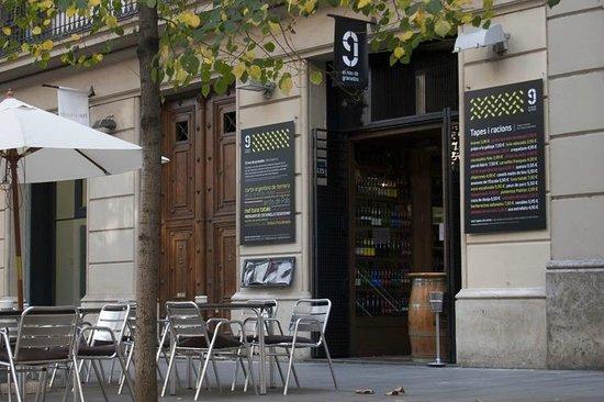 9 Granados Restaurant