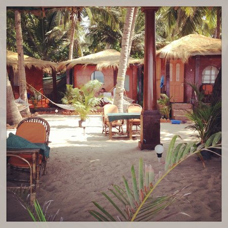 Om Sai Beach Huts:                   main beach front