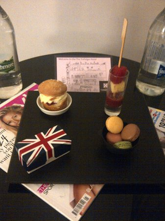 The Trafalgar Hotel:                   Welcome tray in my room