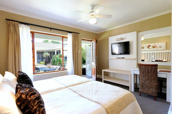 Beachwalk Bed and Breakfast: Twin room