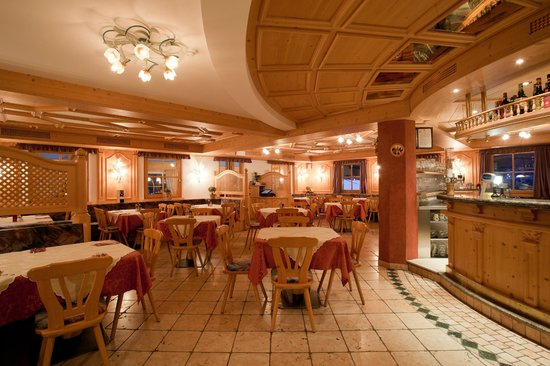 Pizzeria Restaurant Da Arnold's: Il Bar/Ristorante/Pizzeria