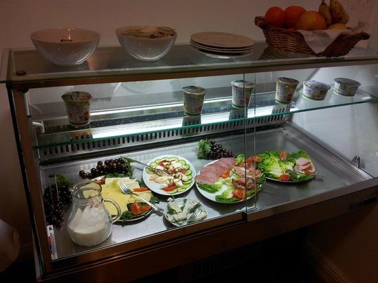 Arco Hotel : breakfast cold selection