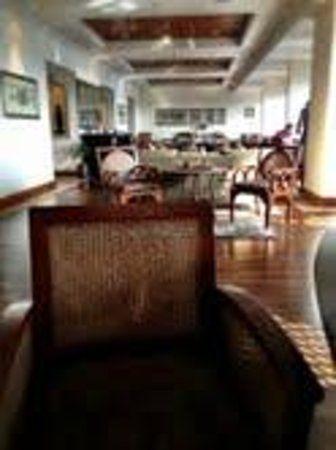 Hyatt Regency Kathmandu:                   Floor Lobby
