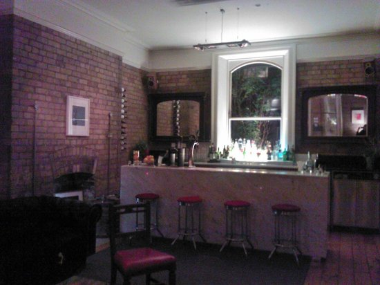 Kelly's Hotel Dublin:                   Residents' Bar