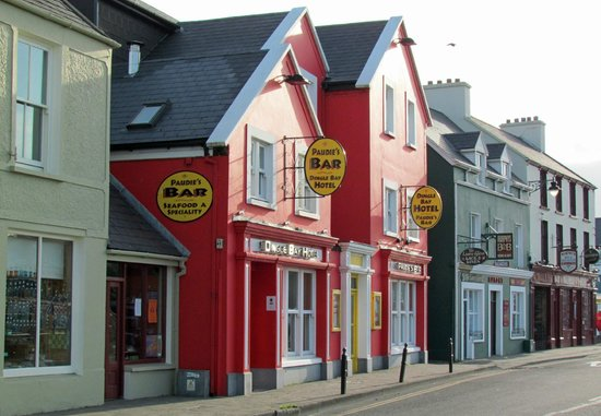 Dingle Bay Hotel: the street view