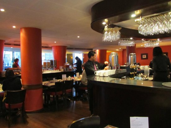 Hotel Catalogne Paris Gare Montparnasse: breakfast room