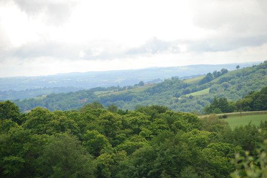 Auberge de Concasty: nature généreuse, collines verdoyantes