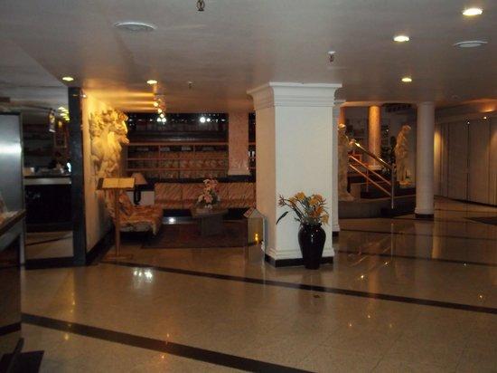 Atlantico Copacabana Hotel: Recepción del Hotel