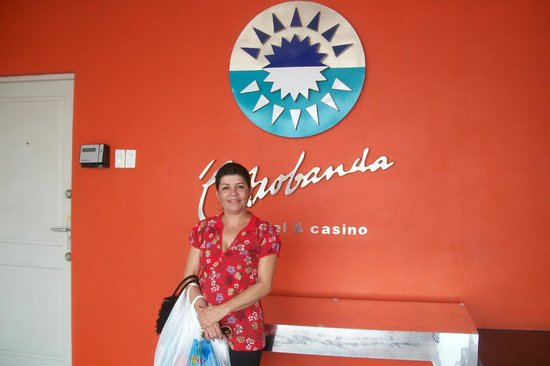 Otrobanda Hotel and Casino:                   Entrada o hotel