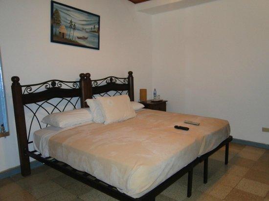 Villa Marina Lodge: Cama