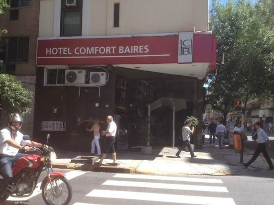 Hotel Comfort Baires: foto de la calle