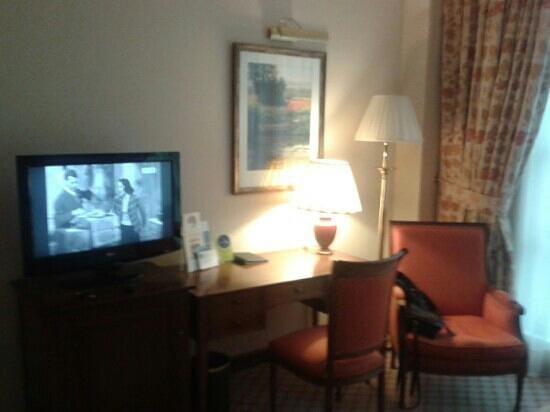Gran Hotel Balneario Puente Viesgo: habitacion en planta baja