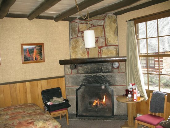 Bryce Canyon Lodge:                   Fireplace in cabin