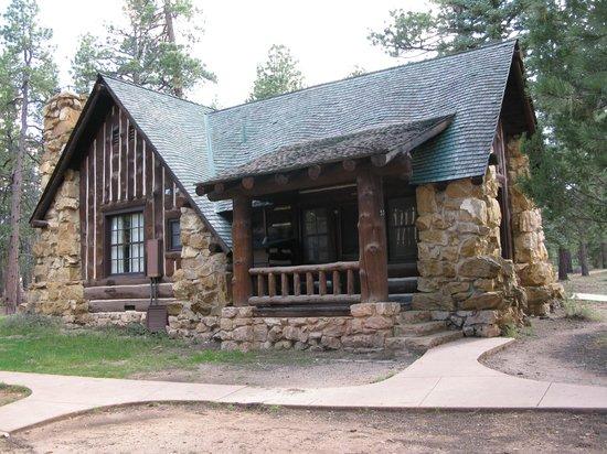 Bryce Canyon Lodge:                   Cabin 536