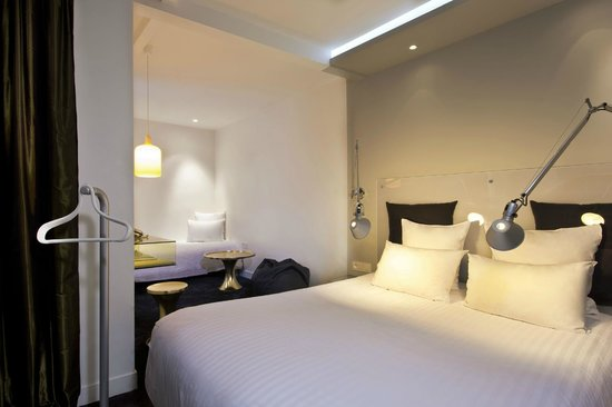 Chambre Luxe - Photo de Color Design Hotel, Paris - TripAdvisor
