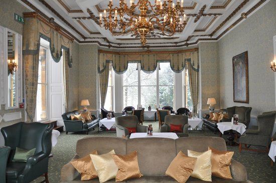 Ettington Park Hotel: Beautiful Fairytale scenes