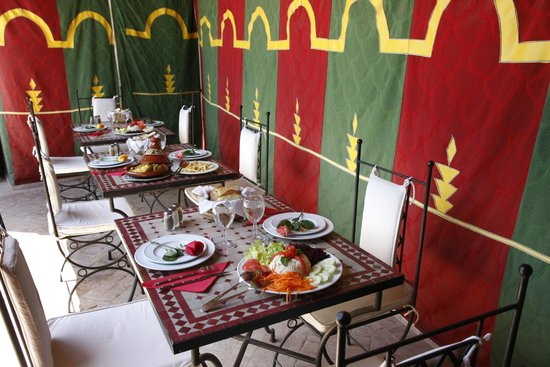Riad Les 5 Soeurs: Tente Marocaine