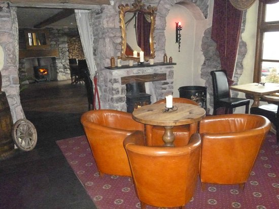 The Stagger Inn: Our lovely fires