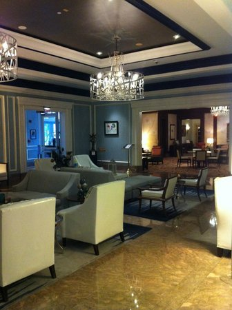 The Henry, Autograph Collection: Lounge area near reception