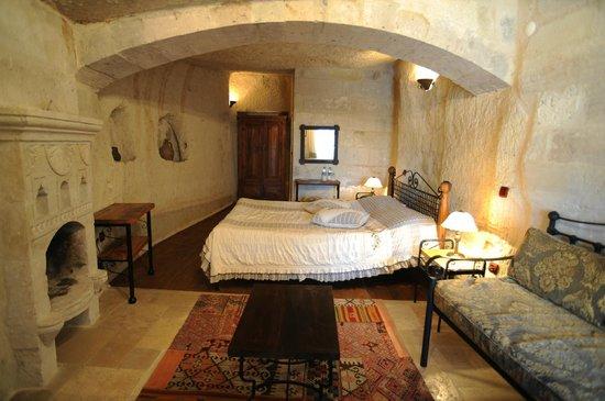 Sultan Cave Suites: Junior suite 322