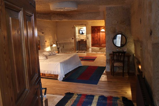 Sultan Cave Suites: Cave Junior Suite