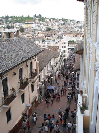 Hostal Quito Cultural: vista desde el balcón