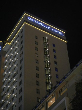 Caravelle Saigon:                   Hotel at night