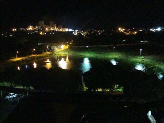 Cornelio Procopio, PR:                   Vista noturna da Varanda