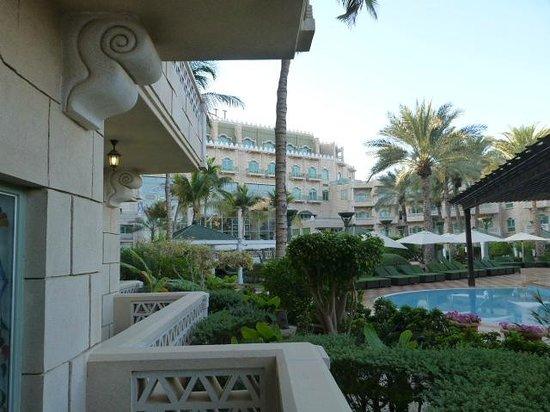 Grand Hyatt Muscat : coté piscine