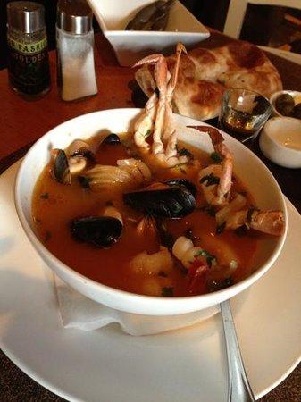 Kimel : fish & seafood soup - bouillabaisse