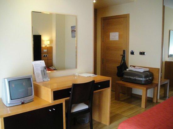 Hotel Playa de Laxe: Detalle de la habitación