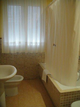 Hotel Playa de Laxe: Baño