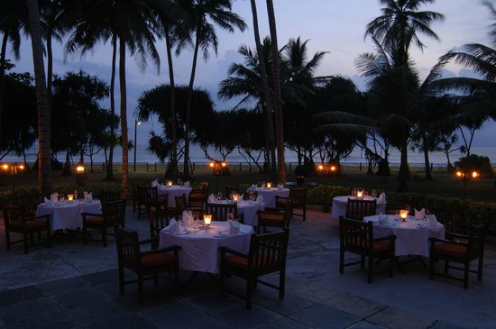 Royal Palms Beach Hotel Photo