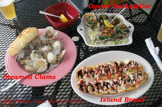 Miceli's Restaurant: Trio of Appetizers. Clams, Oysters and Island Bread.