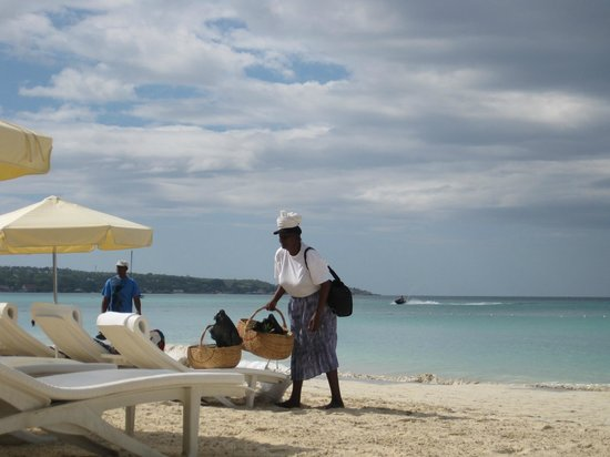 Idle Awhile The Beach:                   Fruit lady who cuts the fruit right in front of you (I wish I knew her name)
