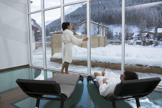 Hotel Astoria : Wintergarten e giardino della spa