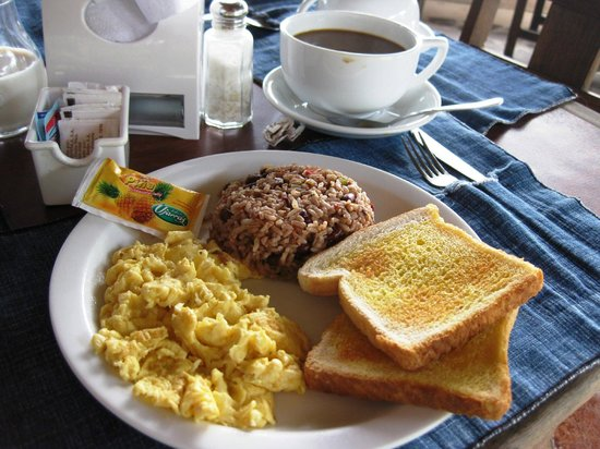 Hotel Playa Westfalia: Breakfast Typico (with rice and beans)