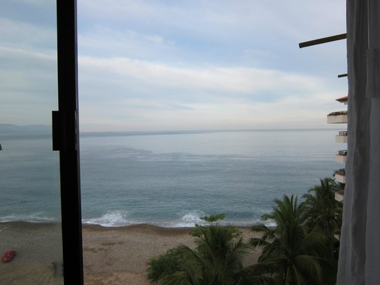 Sheraton Buganvilias Resort & Convention Center:                   Room 1768
